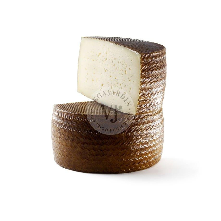Raw milk Manchego Cheese Akkem PDO Cured