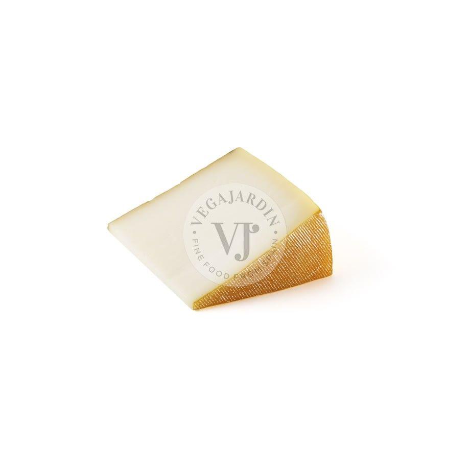 Smoked Navarra sheep Cheese Portion 200 g / 250 g