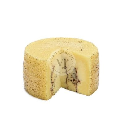 Sheep Cheese with Truffle